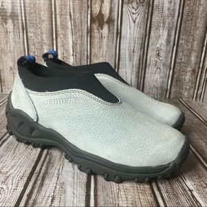 Merrell Leather  Winter Mocs  - snow shoes - like new - size 5.5